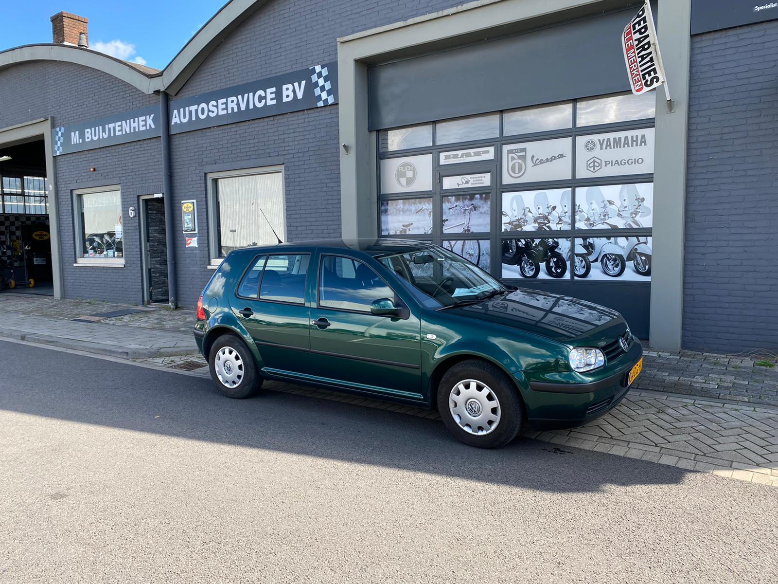 Volkswagen Golf 4 1.4 16v full