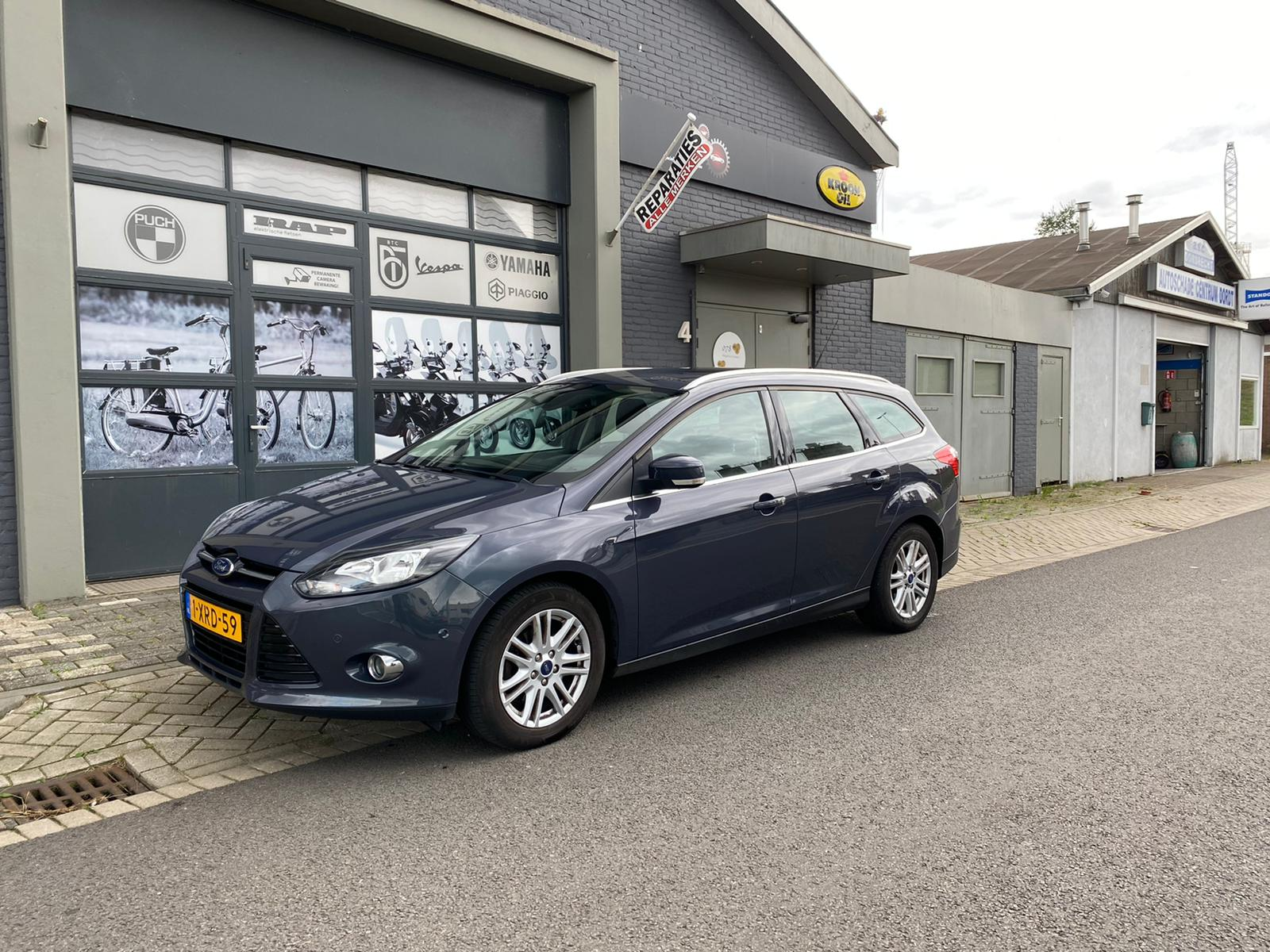 Ford Focus Station Eco Boost 1.0 full