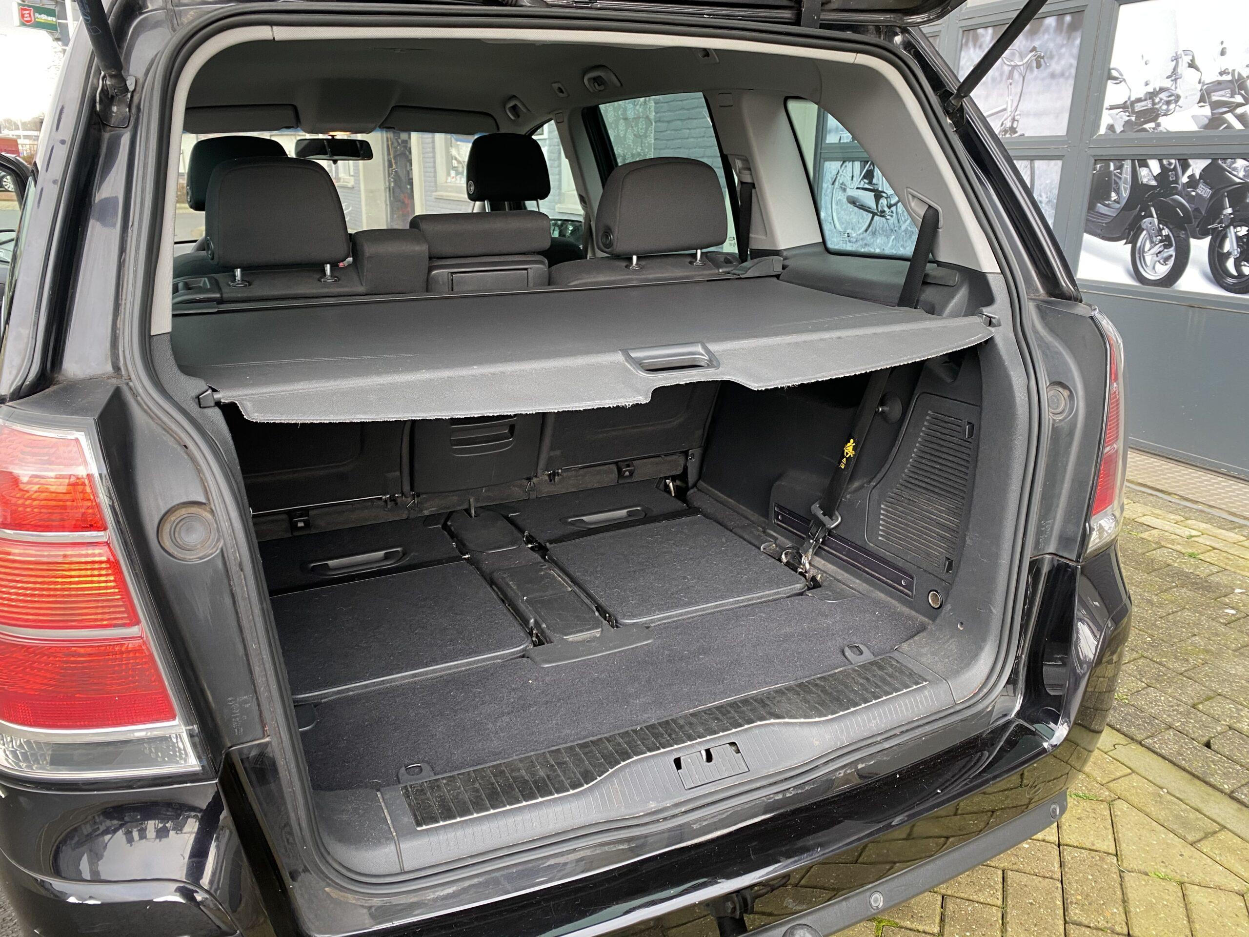 Opel Zafira 1.6 Temptation full